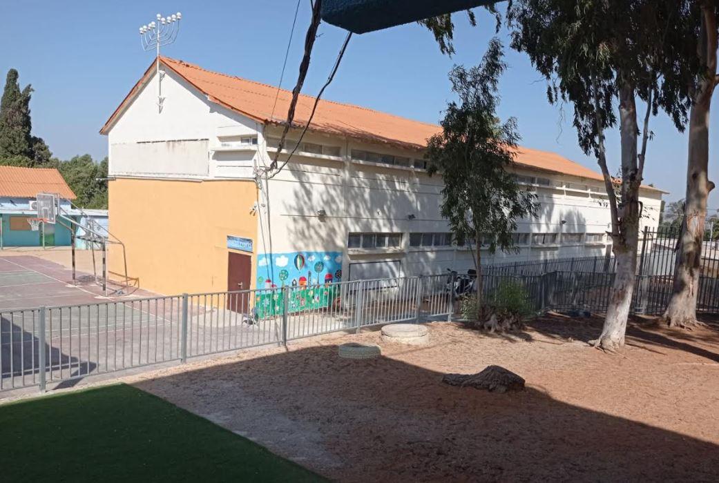 פרויקט בניית בית ספר 'הנדיב' המחודש בבנימינה – מתקדם בצעדי ענק | צפו בתמונות