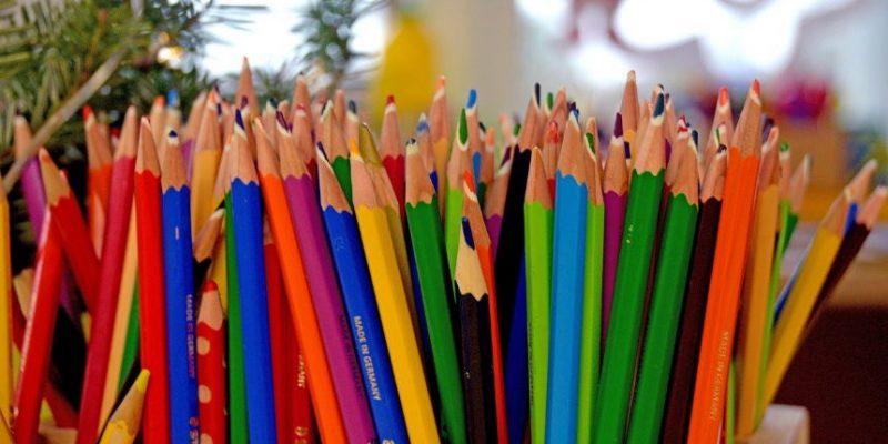 עפרונות אילוסטרציה