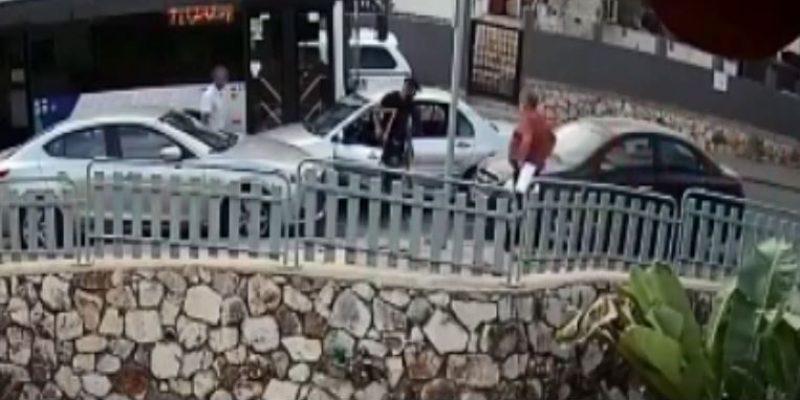 צעיר מחדרה התנגש באוטובוס והתפרע - דוברות המשטרה- 2