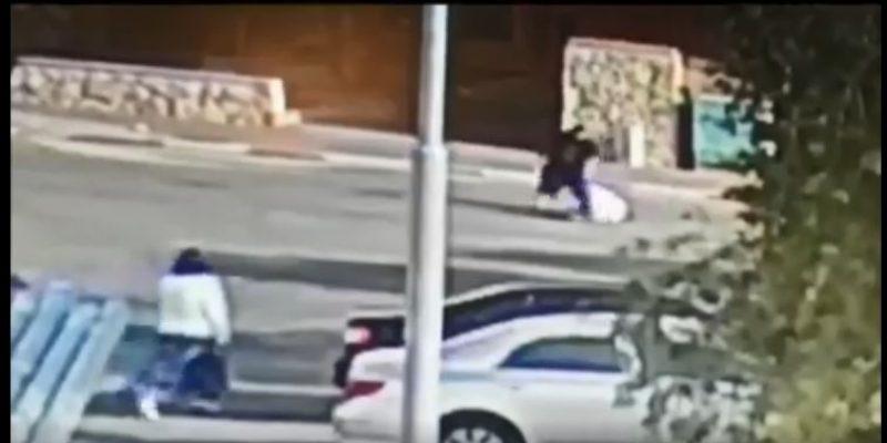 039 - תוקף קשיש חסר ישע ברחוב - רחבי הרשת